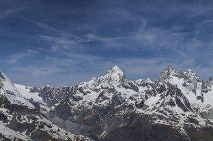 Cinco muertos en dos accidentes aéreos en los Alpes suizos