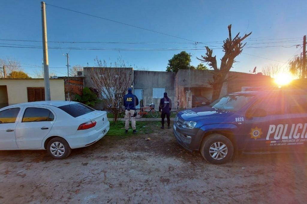 Personal de la  AIC allanó una vivienda en el barrio Reyes de San Justo y detuvo al acusado. Crédito: El Litoral