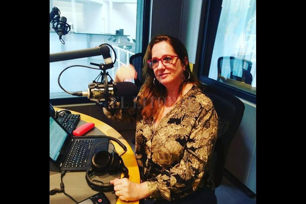 """Quintans desarrolla actualmente una columna semanal en radio Continental que lleva por título """"Mujeres viajeras"""". Centradas en aventuras con protagonistas femeninas, pone al ruedo una de sus pasiones que es viajar. Crédito: Gentileza S.Q."""