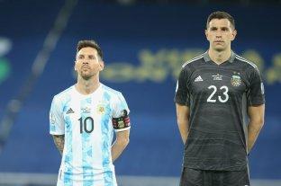 Scaloni ensaya el 11 titular para enfrentar a Uruguay