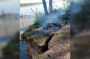 """Desmoronamiento de parte de una isla cerca de Rosario: """"Es un fenómeno habitual"""""""