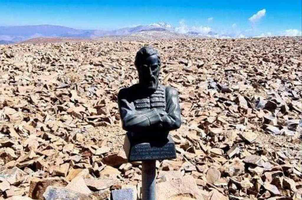 La imagen se encuentra en la cumbre del Nevado de Castilla. Crédito: Gentileza