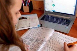 Paro de docentes en Corrientes que reclaman clases virtuales en localidades con fases 2 y 3
