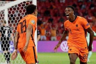 Países Bajos volvió a ganar y se clasificó a los octavos de final de la Eurocopa