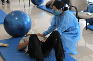 Proponen reforzar recursos para rehabilitación física post covid 19