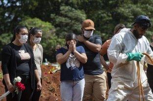 El gobierno de Brasil anuncia 500.000 muertos por Covid