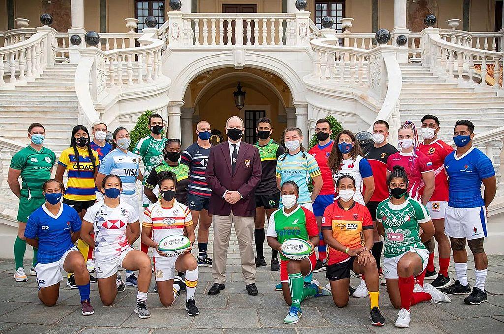 Los capitanes de los seleccionados masculinos y femeninos presentes en el Principado. Crédito: Gentileza WR