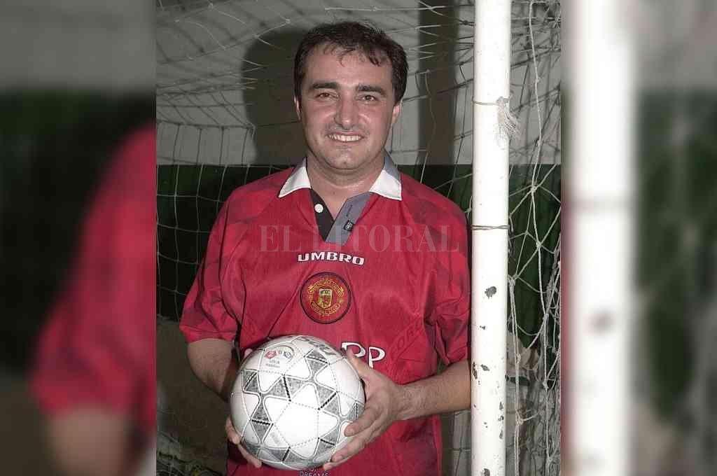 Fabián Mazzi y su pasión por el fútbol. Crédito: Archivo