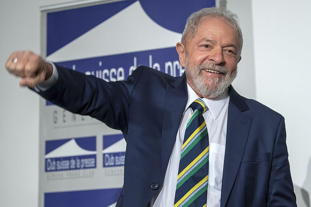 Lula, quien llegó a pasar 580 días en prisión por presuntas causas de corrupción, se vio favorecido este año por un fallo del Supremo que anuló otras penas que pesaban en su contra y le permitió así restituir sus derechos políticos. Crédito: EFE