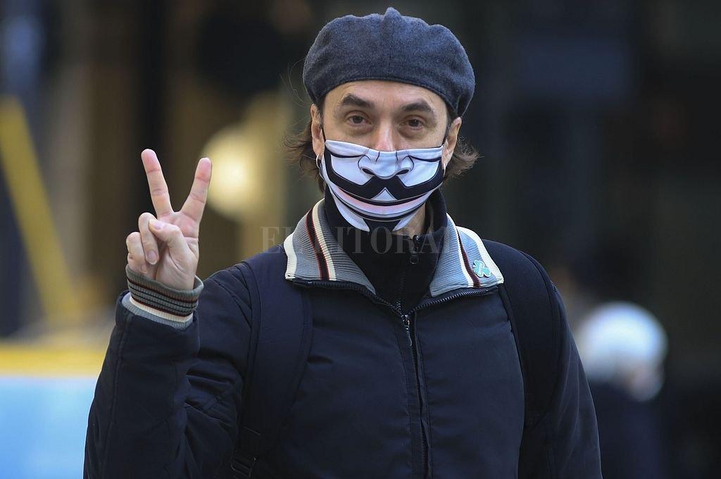 Italia elimina el uso obligatorio de barbijo al aire libre -  -