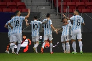Argentina le ganó a Paraguay y se aseguró la clasificación -