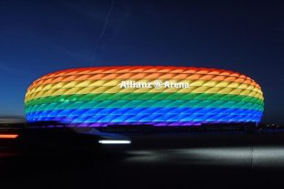 Polémica: UEFA prohíbe iluminar el estadio de Múnich con colores del arcoíris