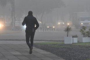 Fotos: La niebla invadió la ciudad de Santa Fe