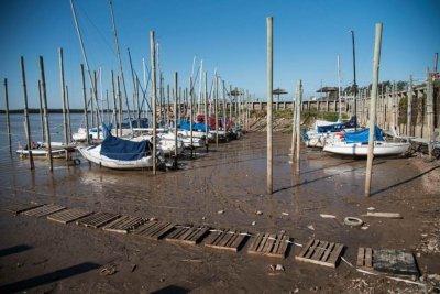 """La mayoría de las guarderías náuticas están """"paradas"""" por la bajante del Paraná"""