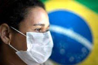 Brasil registra cifra récord de 115.228 casos de Covid