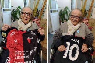 ¡La primera dama de Colón  gritó campeón a los 103 años!