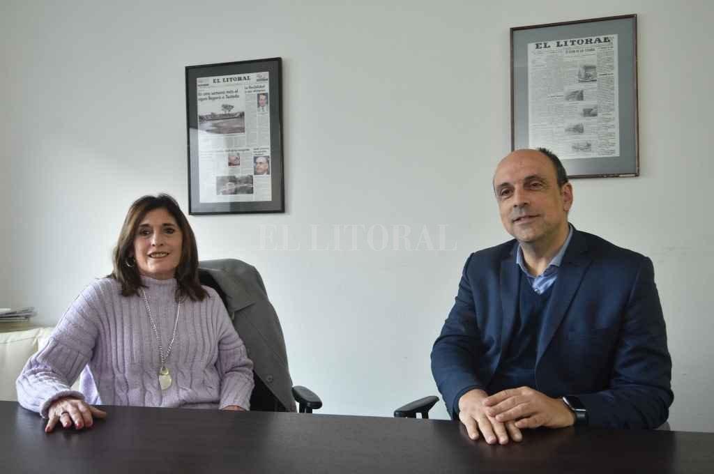 Adriana Molina y José Corral eligieron a El Litoral para anunciar los primeros puestos de la lista que preparan para renovar el Concejo Municipal.   Crédito: Flavio Raina