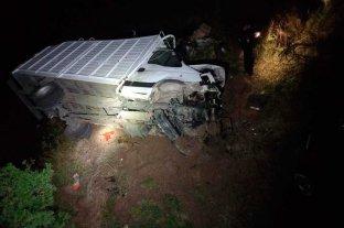 Un camión cayó de un puente en el norte santafesino