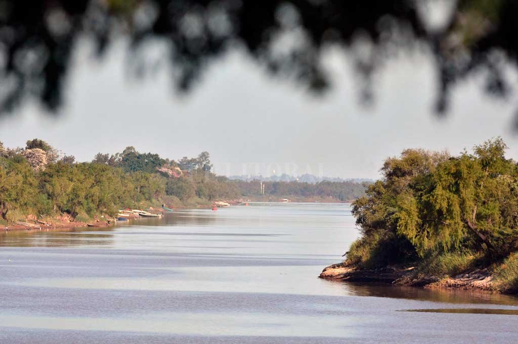 El proyecto propone una gran expedición por el eje longitudinal desde la desembocadura del río Paraná hasta Misiones, y por el tramo argentino del río Paraguay. Crédito: Pablo Aguirre