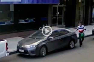 Alertan sobre ladrones que actúan  con inhibidores de cierre de autos