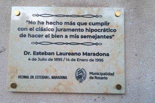 Homenaje a Laureano Maradona en su último hogar