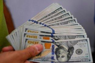 """El dólar """"blue"""" vuelve a subir y se vende a $ 183"""