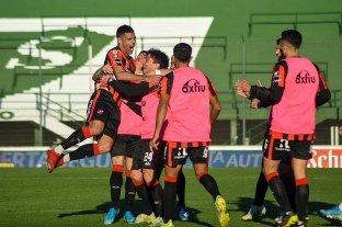 Patronato eliminó a Villa San Carlos y en cuartos de final será rival de Boca o River