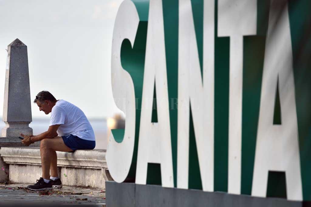 Santa Fe. Qué consecuencias tendrá la pandemia sobre nuestras vidas, es uno de los interrogantes que sobrevuelan. Crédito: Manuel Alberto Fabatía