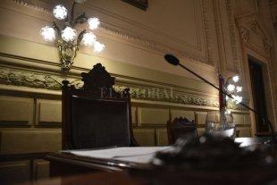 La Legislatura sin receso, ni sesiones