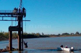 Suman bombas y equipos para reforzar la toma de agua para la ciudad de Santa Fe
