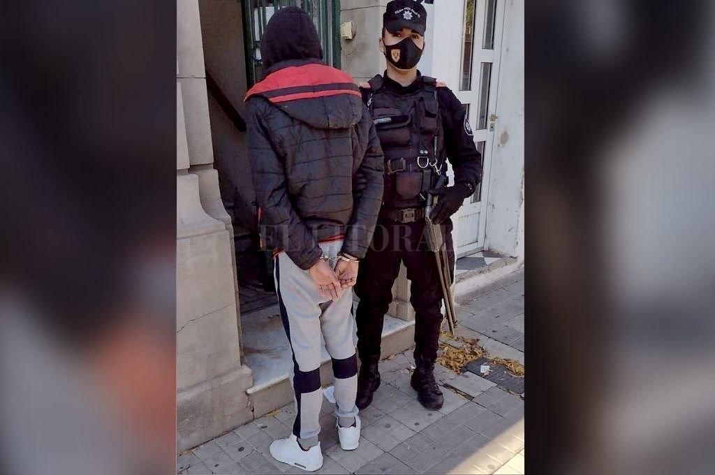 Márquez fue detenido este jueves por el personal de la Policía Comunitaria, luego de que constataran que tenía pedido de captura desde febrero. Crédito: Gentileza