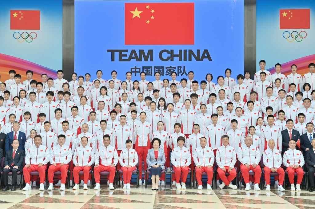 La delegación olímpica china, en la despedida oficial organizada por el gobierno de la nación asiática.   Crédito: Gentileza