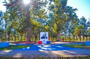 Wheelwright rinde homenaje a Miguel Lifschitz con una plaza en su nombre