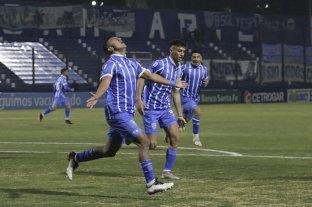 Godoy Cruz se lo dio vuelta a Rosario Central y le ganó en Mendoza