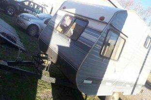 Matrimonio acusado de llevarse una casa rodante de un camping