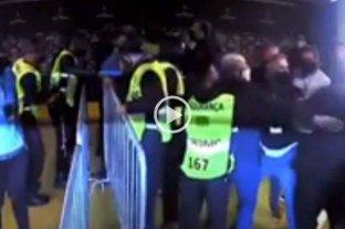 Incidentes entre dirigentes y jugadores de Boca con las fuerzas de seguridad tras el polémico partido