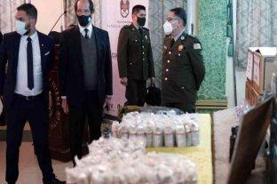 """En Bolivia, aseguran que está """"identificada extraoficialmente"""" la persona que entregó el armamento"""