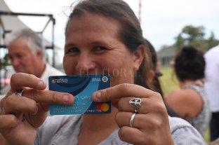 Cómo se distribuye la tarjeta Alimentar en Santa Fe, que alcanza a 160 mil personas