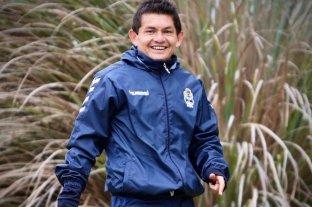 """""""Pulga Rodríguez"""": """"Cuando fui a Colón también estaba peleando el descenso"""" - """"Lobo"""" no está...Por ahora, Luis Miguel Rodríguez no puede debutar con la camiseta de Gimnasia y Esgrima de La Plata por culpa de una molestia física. Tampoco jugará la segunda jornada y está en recuperación."""