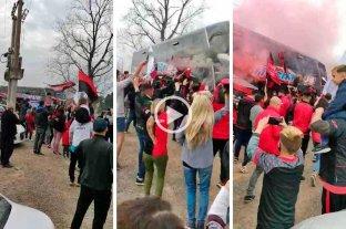Video: banderazo de hinchas de Colón en la previa del partido con Lanús -  -