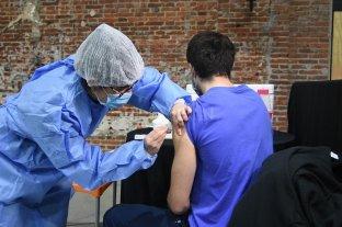 Aplicarán primera y segunda dosis de vacuna covid a más de 200 mil personas -