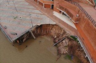 Autoridades coinciden: el derrumbe en el Parque España de Rosario fue por la bajante histórica del río