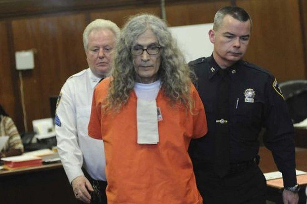 Murió el asesino serial Rodney Alcalá, sospechoso de haber matado 130 mujeres  -  -