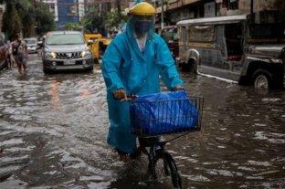 Miles de personas han sido evacuados por lluvias en Filipinas