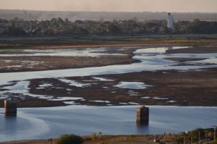 Decretan emergencia hídrica para Santa Fe por la bajante del río Paraná -