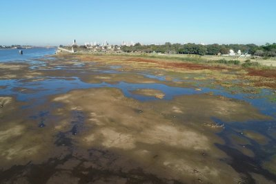 Decretan emergencia hídrica para Santa Fe por la bajante del río Paraná