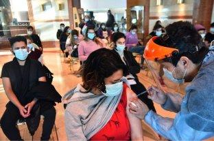 Vacunarán a adultos sin turno en el interior de Córdoba