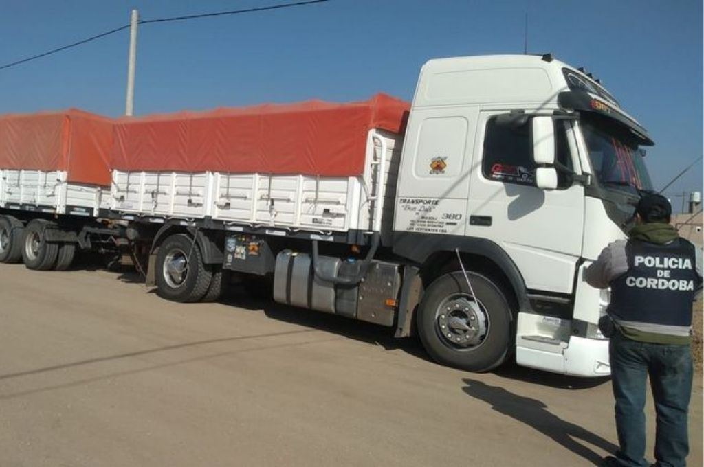 Uno de los ocho camiones secuestrados. Crédito: Gentileza