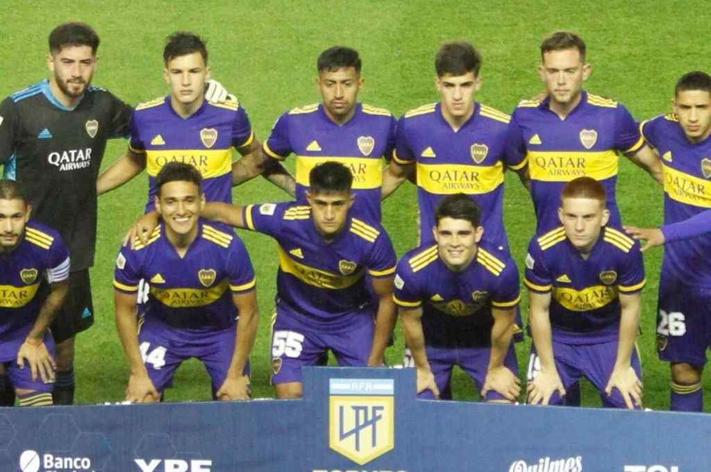 El equipo de juveniles de Boca que empató 0 a 0 contra Banfield Crédito: Gentileza @FotobairesArg