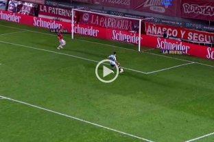 Insólito: Reniero estaba solo frente al arco y erró lo que era el segundo gol de Argentinos ante Newell's
